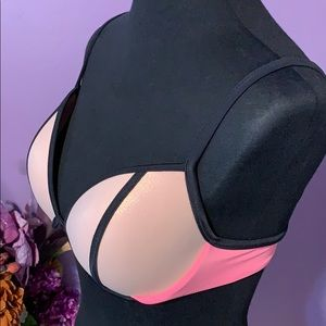 "Victoria's Secret ""The Fabulous"" bikini top. 36C"